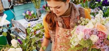 Как увеличить выручку цветочного магазина